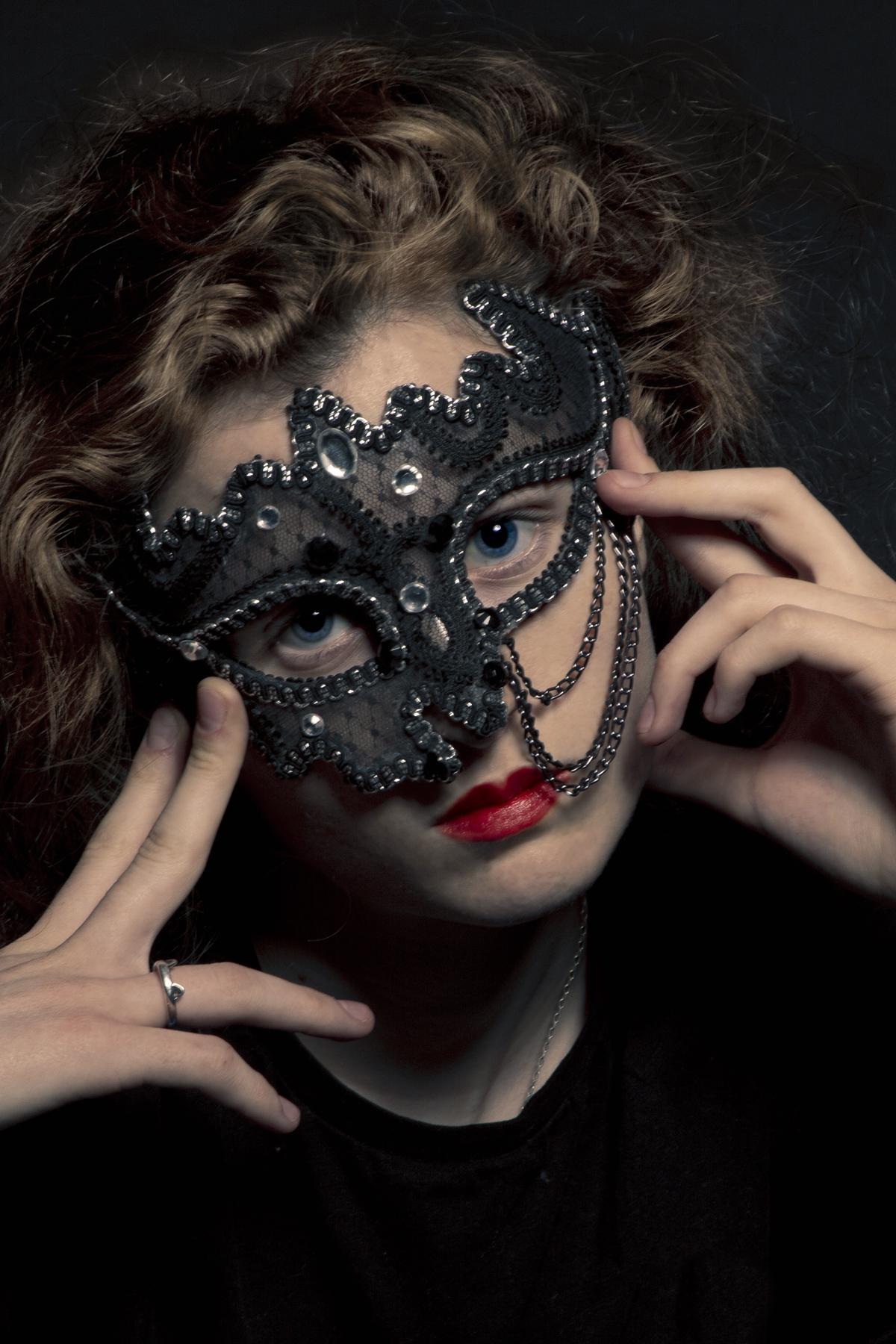 Masked Gender