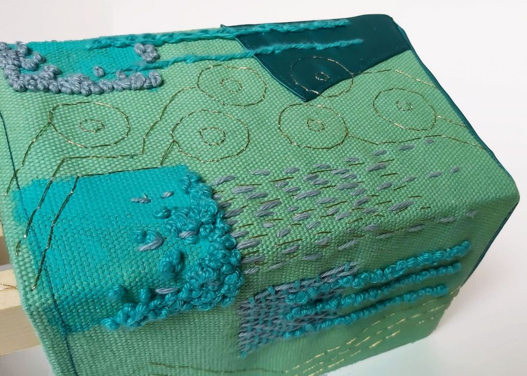 Circuitry Stitch in teal
