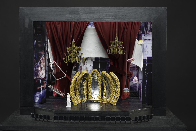 Model Box - 'Amadeus'
