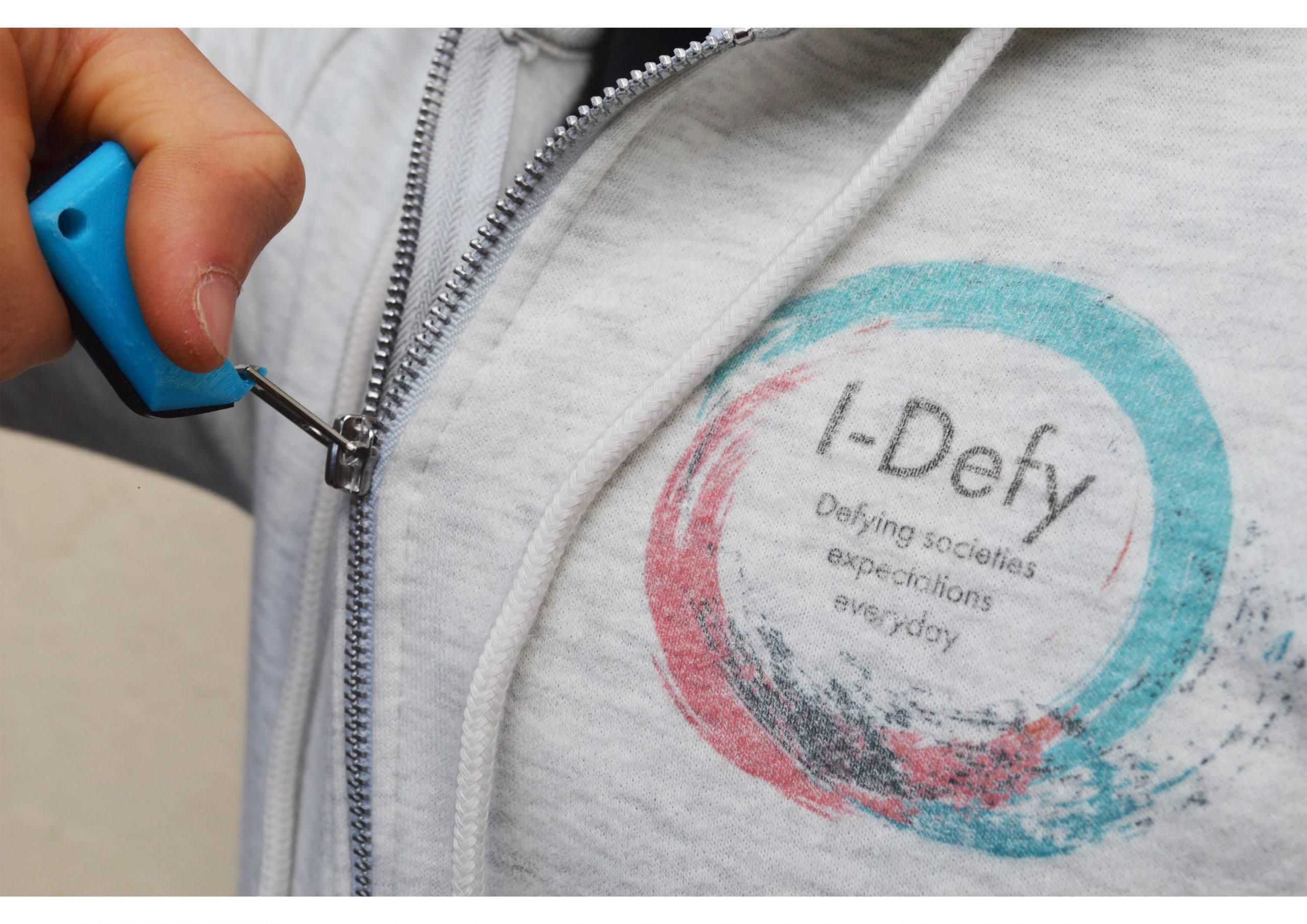 I-Defy Zipper Aid